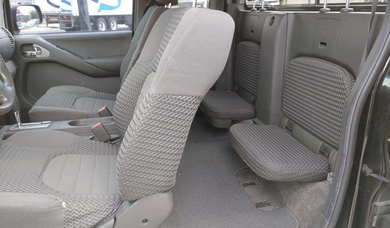 2011 Nissan Frontier SV full